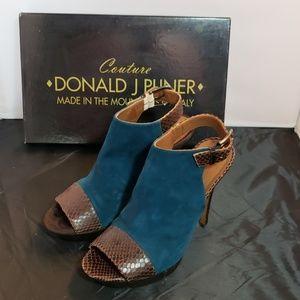 Donald J Pliner Platform sandal